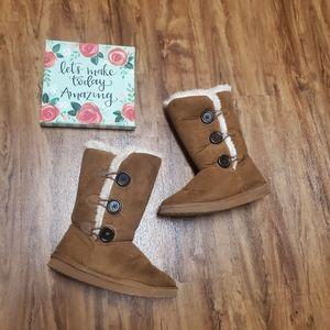 Shoes - Faux fur boots